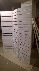 Wooden Pallet Furniture Wooden Pallets Room Divider Pallet Furniture Diy Upcycle