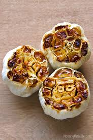 How To Roast Garlic In Toaster Oven Best 25 Roast Garlic Bulb Ideas On Pinterest Garlic Bulb