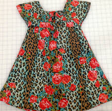 easy summer muumuu house dress tutorial and free pattern