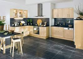 cuisine sol noir gallery of cuisine avec sol noir cuisine beige et noir cuisine