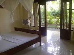 bed u0026 breakfast romeo beachfront bungalow bed u0026 breakfast uluwatu