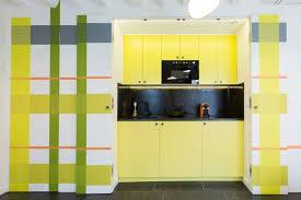 cuisine noir et jaune cuisine jaune et noir