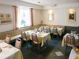 Restaurant Bad Endorf Centrale Hotel Und Restaurant Waldkraiburg Informationen Und