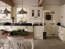 beach kitchens colors cottage kitchen ideas pinterest style brown