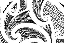traditional maori kirituhi shoulder tattoo