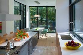 Energy Efficient Home Construction 13 Energy Efficient Modules Make Up This Prefab Modern Home In