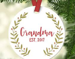 grandmother gift gift pregnancy announcement