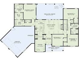 what is a split floor plan plan 60615nd split floor plans with angled garage