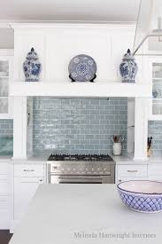 Blue Kitchen Backsplash by Best 25 Blue White Kitchens Ideas On Pinterest Blue Country