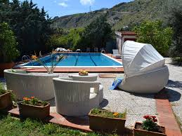 300 Square Meters Accommodation Mondello Italy 46 Apartments 55 Villas Holiday