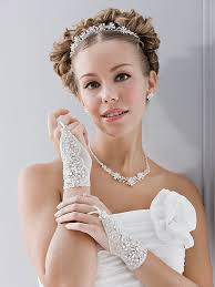 brautkleider accessoires traumhafte accessoires perfekt auf ihr brautkleid abgestimmt