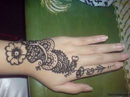 some simple mehndi designs with some simple mehndi designs