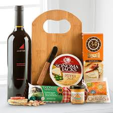 Cheese And Cracker Gift Baskets 10 Best Cheese Sausage Meat Gift Baskets Http