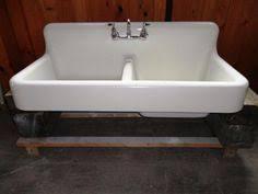 cast iron apron kitchen sinks kohler whitehaven 21 56 in x 35 68 in white single basincast iron