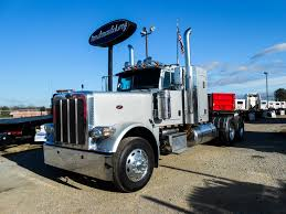 2011 for sale used 2011 peterbilt 389 flat top tandem axle sleeper for sale in