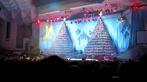 first baptist church of orlando singing christmas trees 2009