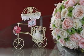 souvenir for wedding wedding elements by mikay featured weddings