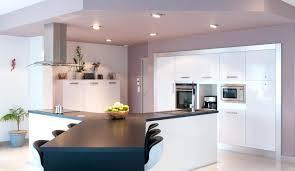 cuisine ouverte avec ilot table modele de cuisine avec ilot cuisine cuisine central cuisine en image