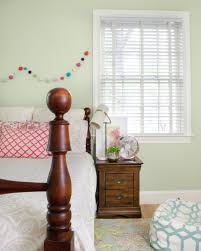 Where To Buy Quality Bedroom Furniture by Solid Hardwood Bedroom Furniture The Chronicles Of Home