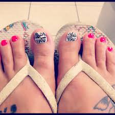 pink toenail designs how you can do it at home pictures designs