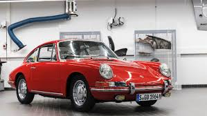 vintage porsche ad porsche u0027s oldest 911 lives again