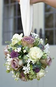 wedding flowers types strikingly beautiful types of wedding flowers the 6 most popular