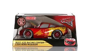 dan the pixar fan cars 3 rust eze racing center lightning