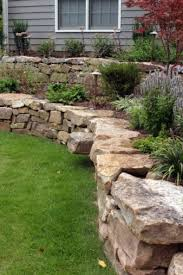 Retaining Wall Landscaping Ideas Best 25 Retaining Wall Gardens Ideas On Pinterest Retaining