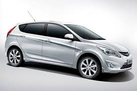 2014 hyundai accent hatchback review hyundai accent review and photos