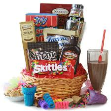 candy gift baskets candy gift baskets party gift basket diygb