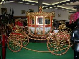 carrozze d epoca splendida carrozza d epoca con decorazioni e dipinti le carrozze