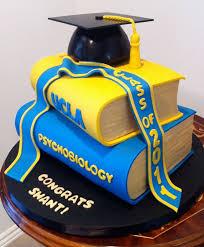 best 25 2017 graduation cakes ideas on pinterest graduation