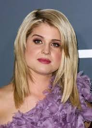 hairstyles to disguise turkey neck best 25 double chin hairstyles ideas on pinterest easy turkey