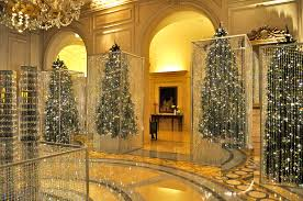 file christmas decor at the four seasons george v 2 jpg