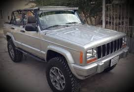 a 2000 jeep cherokee for 6 500