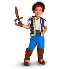 amazon prime halloween costumes amazon com disney store jake and the neverland pirates costume 2t