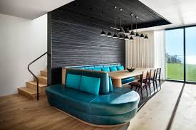 House Of Hampton Furniture Hamptons Shore House Combines The Intimacy Of The Woods With The