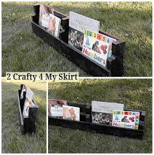 2 crafty 4 my skirt how to make pallet bookshelves