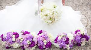contact with wedding florist for provide service in the best