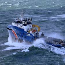 maersk anchor handler rescues fallen rig hand from seadrill u0027s west