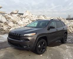 2016 jeep cherokee sport 2016 jeep cherokee sport fwd vs latitude fwd which trim u0027s for