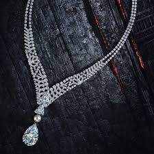 cartier diamonds necklace images Le diamant diamond cartier jewellery exhibition london the jpg