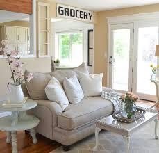 farmhouse livingroom living room for summer