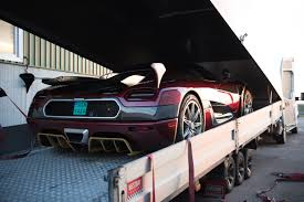 koenigsegg purple watch koenigsegg agera rs 0 400 0km h run puts bugatti in check