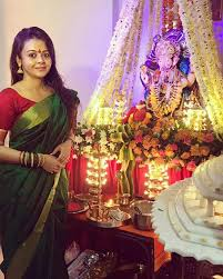 ganesh chaturthi 2017 karan wahi devoleena manish welcome lord