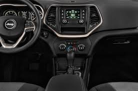 white jeep cherokee 2017 2015 jeep cherokee instrument panel interior photo automotive com