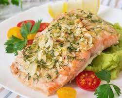 cuisiner pavé de saumon au four recette de pavé de saumon diététique en croûte d amandes effilées à