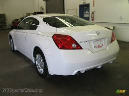 nissan altima z5s coupe 2010 nissan altima 2 5 s coupe in winter frost white photo 10