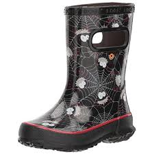 amazon com ugg s black skipper smiley spiders boot on sale at amazon fashion