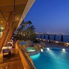 burj al arab a 5 star rated hotel in jumeirah beach dubai